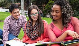 Universidad que transforma vidas